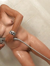 Tow-haired granny interesting a shower